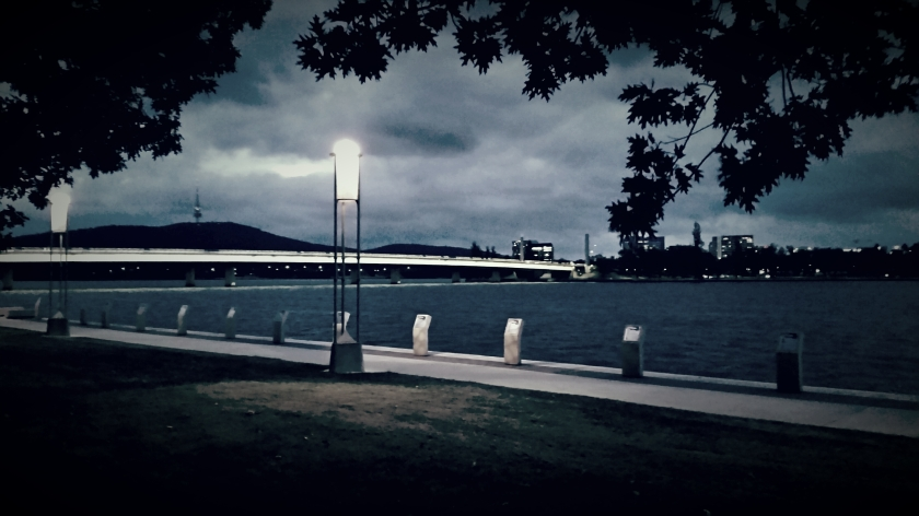Canberra_night